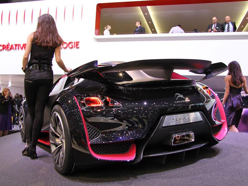 Ženeva 2010: Citroën Survolt – stylový i agresivní (nové foto): - fotka 9