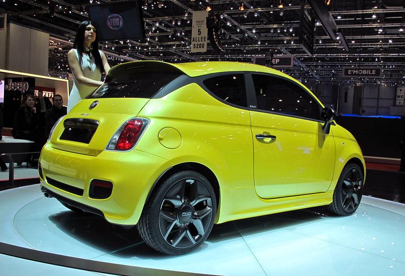 Ženeva 2011 živě: Fiat 500 Coupé Zagato: - fotka 9