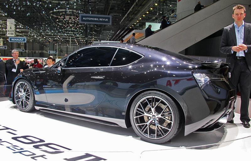 Toyota FT-86: potvrzen motor, převodovky a samosvor: - fotka 12