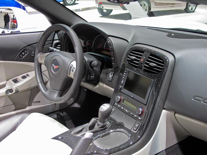 Ženeva 2011 živě: Chevrolet Camaro Convertible: - fotka 19