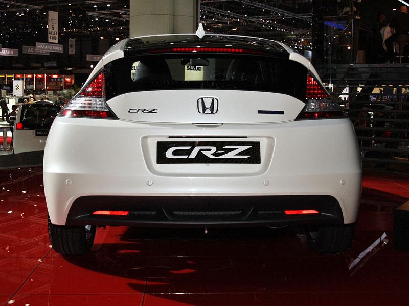 Ženeva 2010 živě: Honda CR-Z: Návrat legendy: - fotka 15