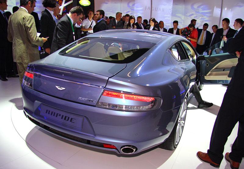 Frankfurt 2009 živě: Aston Martin Rapide - první dojmy: - fotka 12