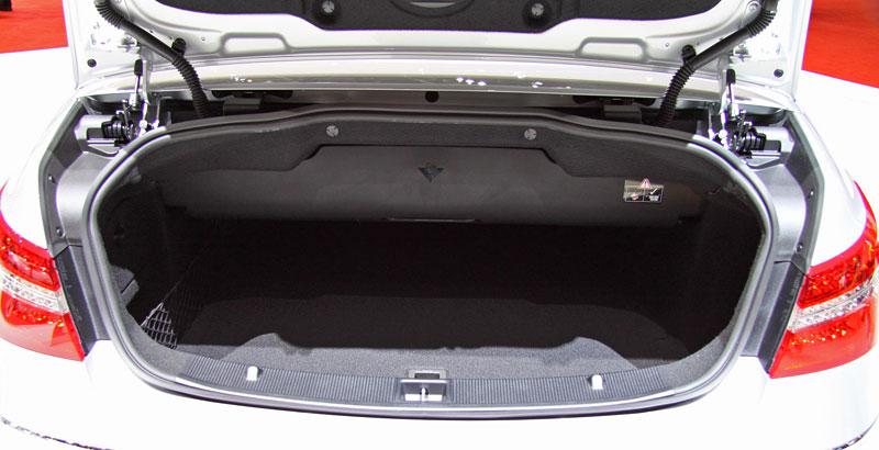 Ženeva 2010 živě: Mercedes-Benz E Cabriolet: - fotka 16