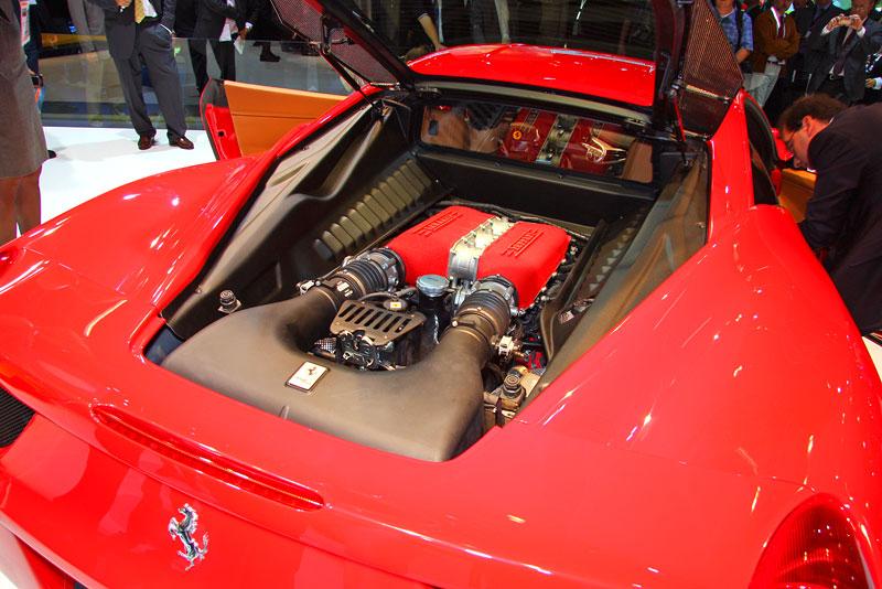 Frankfurt 2009 živě: Ferrari 458 Italia – první dojmy: - fotka 15