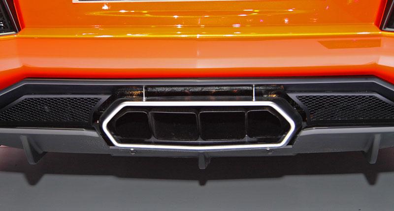 Ženeva 2011 živě: Lamborghini Aventador LP700-4: - fotka 42