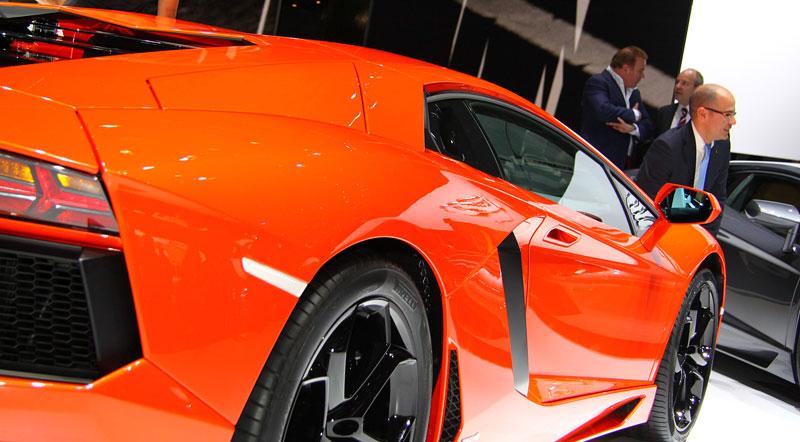 Ženeva 2011 živě: Lamborghini Aventador LP700-4: - fotka 44