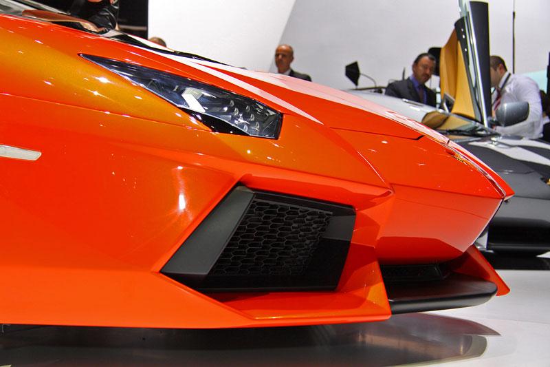 Ženeva 2011 živě: Lamborghini Aventador LP700-4: - fotka 51