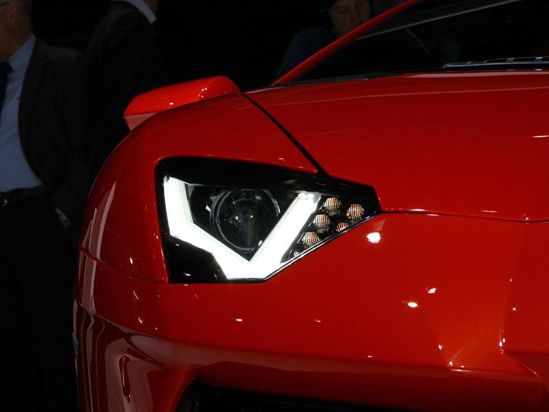 Ženeva 2011 živě: Lamborghini Aventador LP700-4: - fotka 53