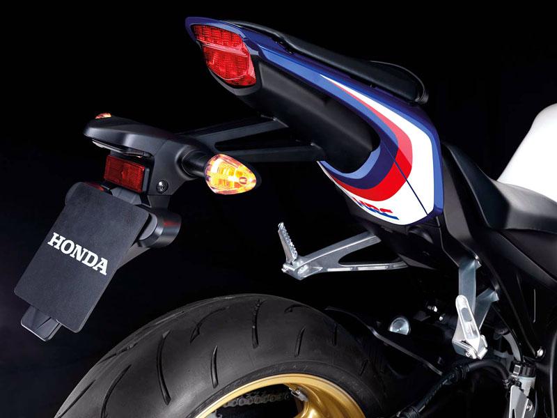 Honda 2009 - CBR600RR a CBR1000RR s E-ABS: - fotka 10
