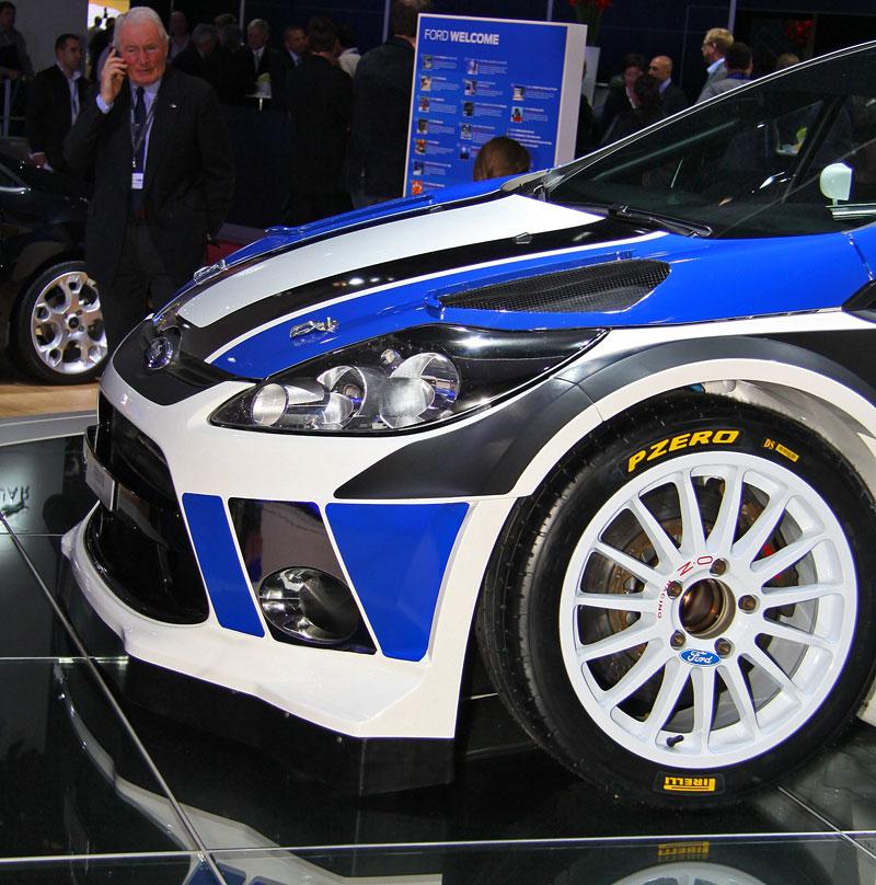 Paříž 2010: Ford Fiesta RS WRC – je pomalu čas udělat focusu pápá: - fotka 8