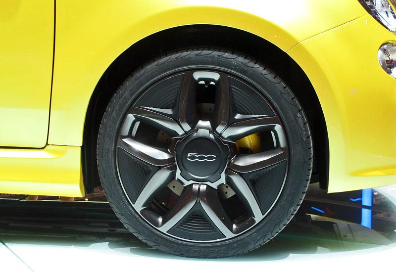 Ženeva 2011 živě: Fiat 500 Coupé Zagato: - fotka 12