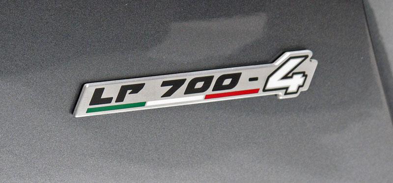Ženeva 2011 živě: Lamborghini Aventador LP700-4: - fotka 72