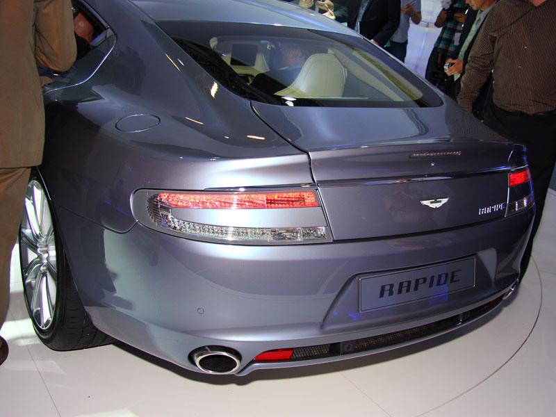 Frankfurt 2009 živě: Aston Martin Rapide - první dojmy: - fotka 19