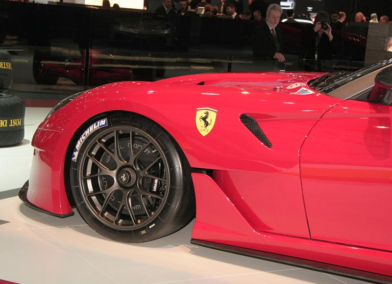 Ferrari 599XX: Massa za volantem (+video): - fotka 22