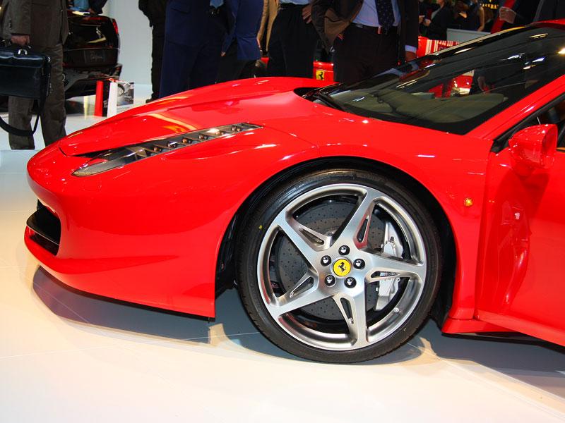 Frankfurt 2009 živě: Ferrari 458 Italia – první dojmy: - fotka 21