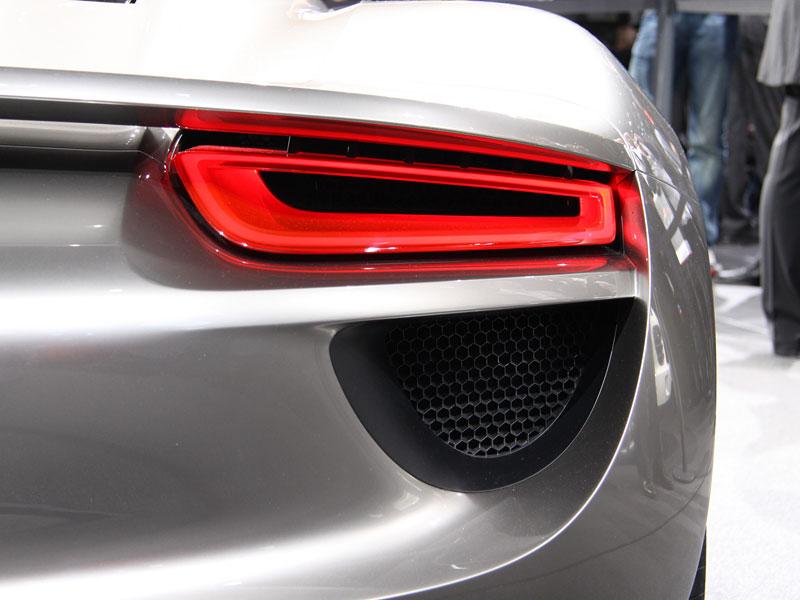 Porsche 918 Spyder: cena stanovena na půl milionu euro: - fotka 15