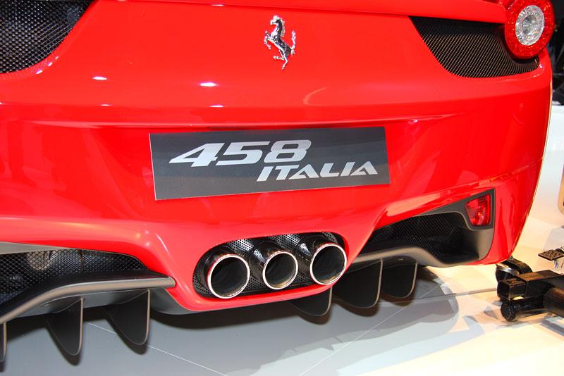 Frankfurt 2009 živě: Ferrari 458 Italia – první dojmy: - fotka 22