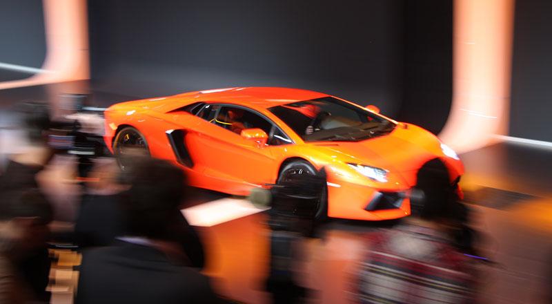 Ženeva 2011 živě: Lamborghini Aventador LP700-4: - fotka 79
