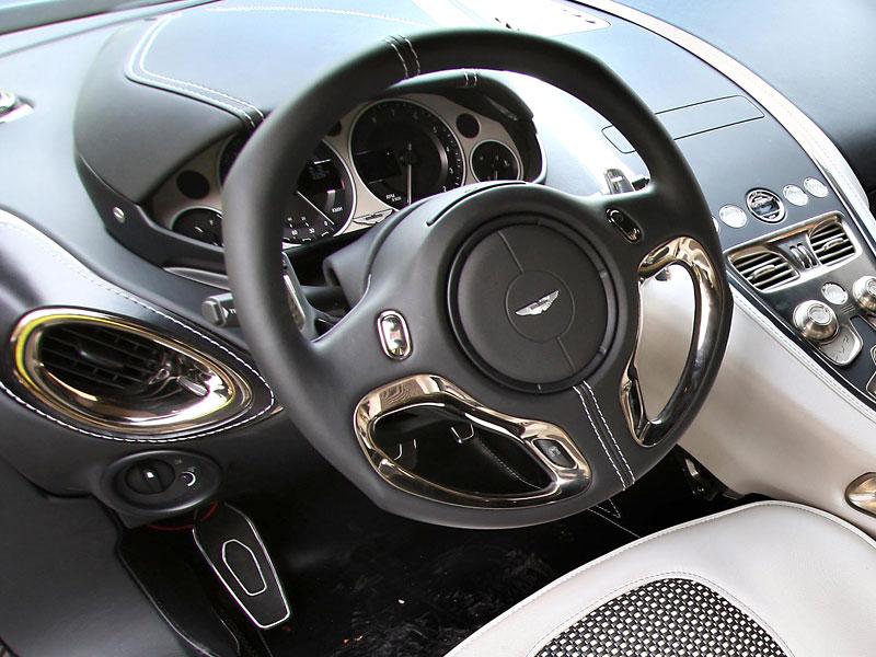Aston Martin One-77 na výstavě ve Villa d'Este - nové fotografie: - fotka 1