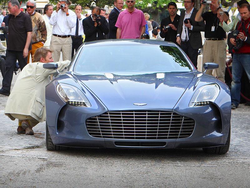 Aston Martin One-77: Desítka vozů poputuje na Střední východ: - fotka 5
