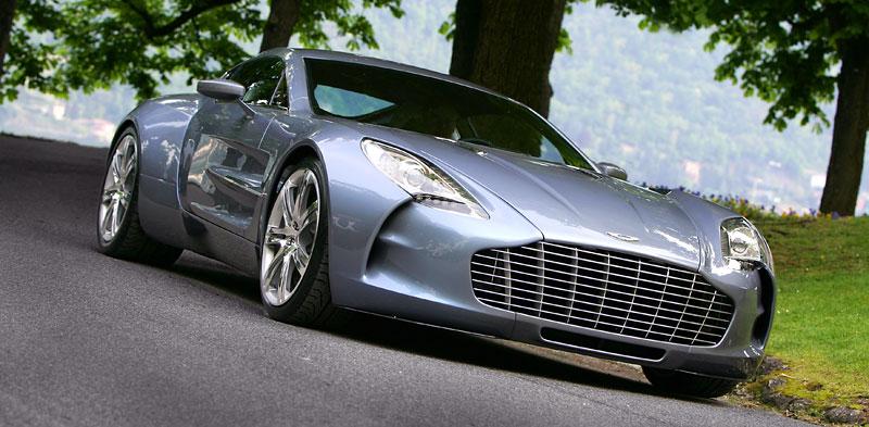 Aston Martin One-77: Desítka vozů poputuje na Střední východ: - fotka 6