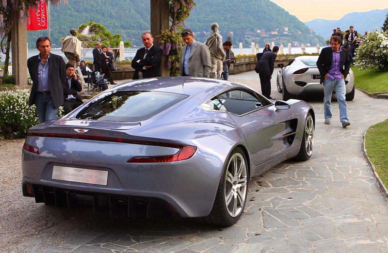 Aston Martin One-77 na výstavě ve Villa d'Este - nové fotografie: - fotka 14