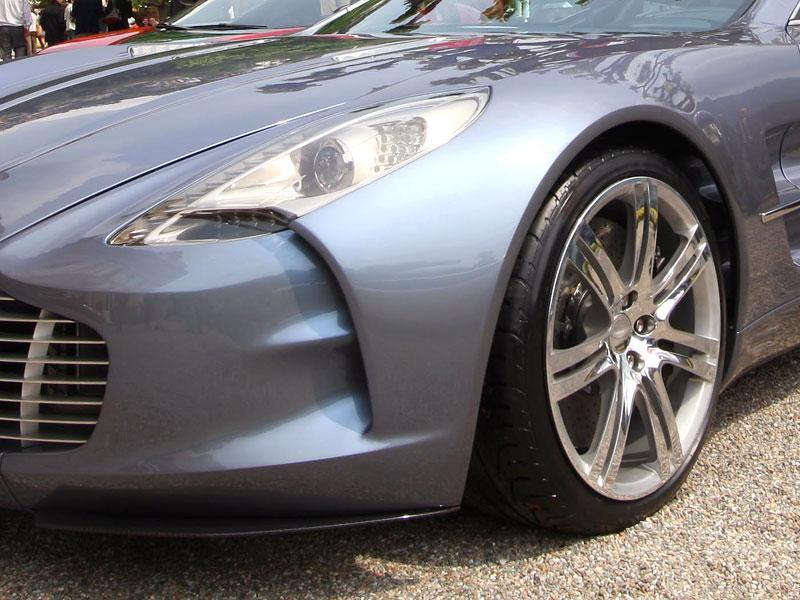 Aston Martin One-77 na výstavě ve Villa d'Este - nové fotografie: - fotka 21