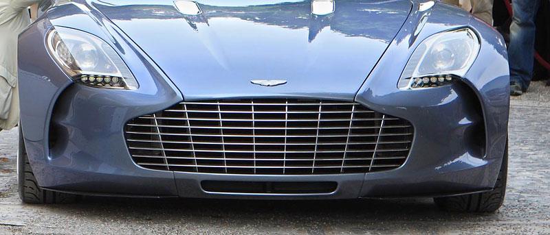 Aston Martin One-77: Desítka vozů poputuje na Střední východ: - fotka 22