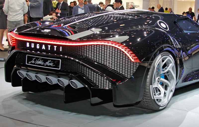 Jak Bugatti vybírá budoucí majitele svých limitek a speciálních verzí?: - fotka 10