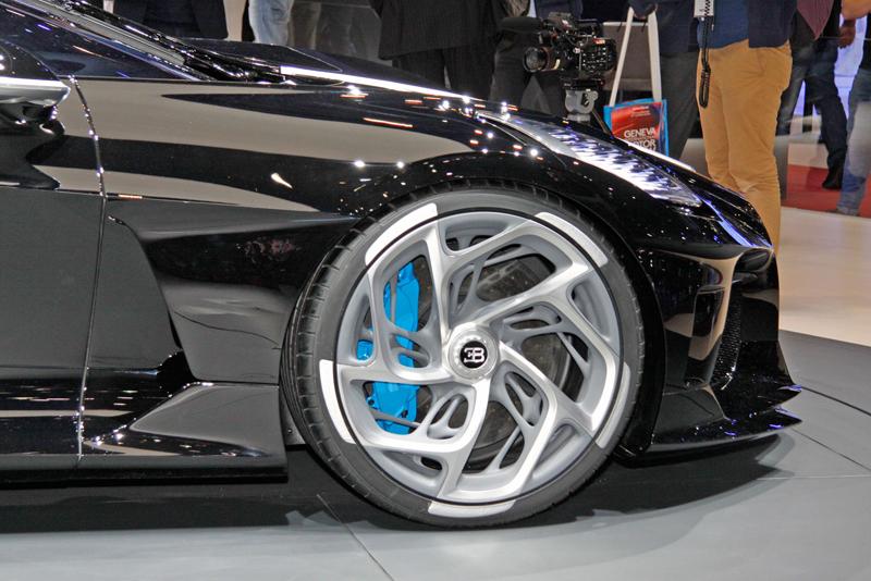 Jak Bugatti vybírá budoucí majitele svých limitek a speciálních verzí?: - fotka 11