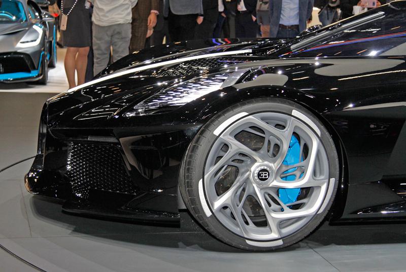 Jak Bugatti vybírá budoucí majitele svých limitek a speciálních verzí?: - fotka 13