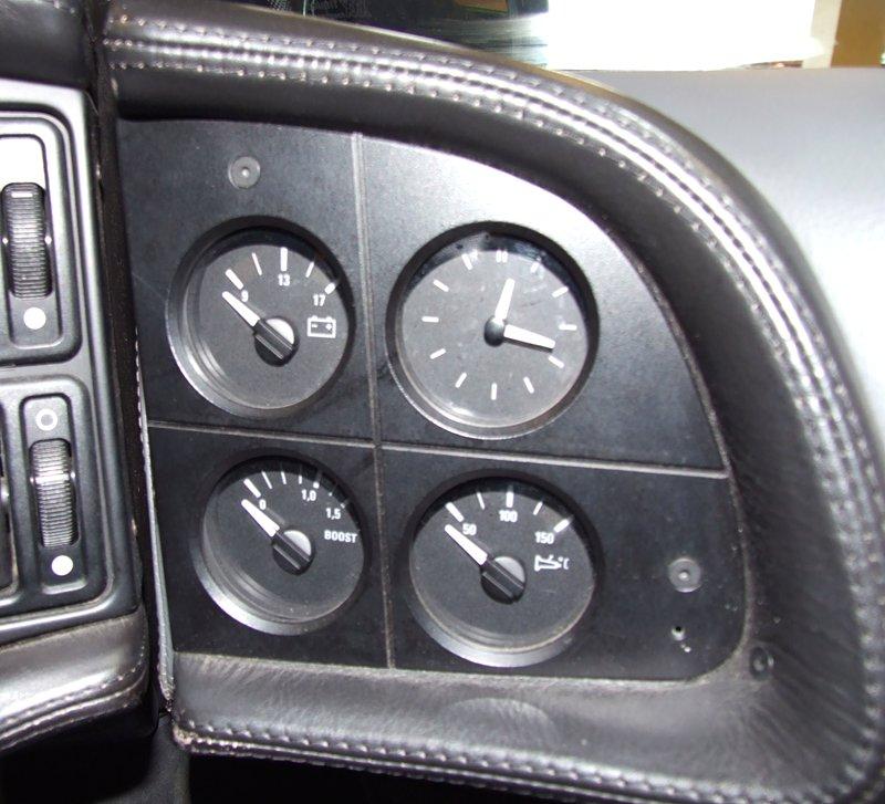 Pod lupou: Jaguar XJ220 – nejrychlejší auto světa...na jeden rok: - fotka 27