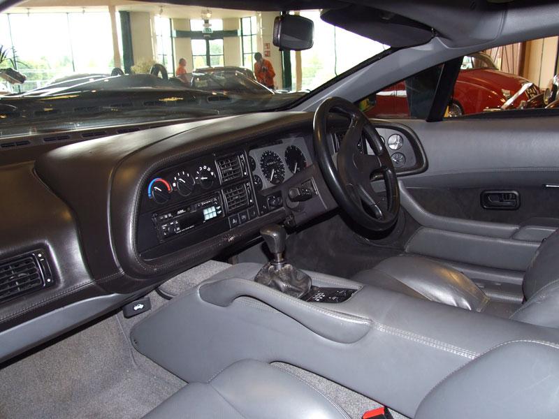 Pod lupou: Jaguar XJ220 – nejrychlejší auto světa...na jeden rok: - fotka 28