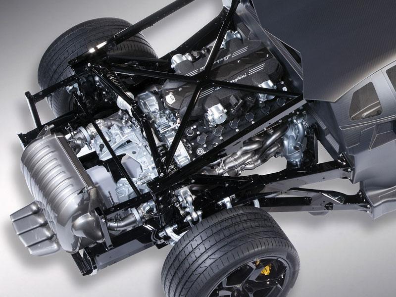 Lamborghini Aventador: unikla první fotografie!: - fotka 8