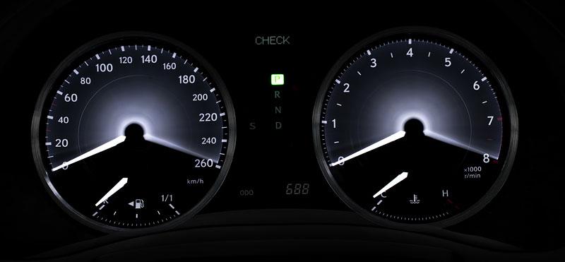 Lexus IS 250C je tu: bez střechy za 1,289 milionu: - fotka 1