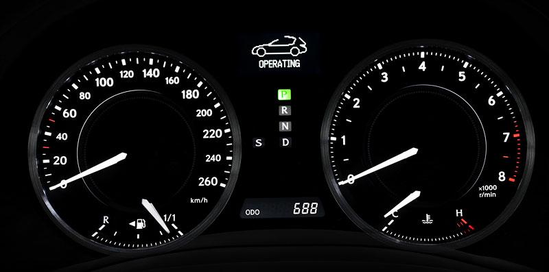 Lexus IS 250C je tu: bez střechy za 1,289 milionu: - fotka 2