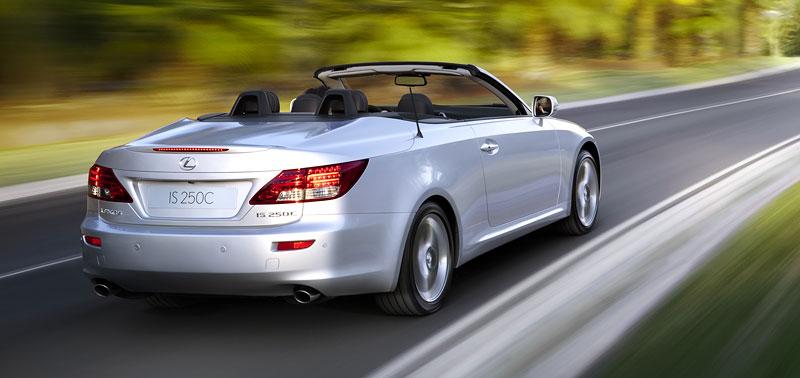 Lexus IS 250C je tu: bez střechy za 1,289 milionu: - fotka 16