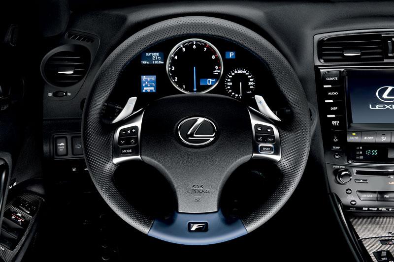 Lexus IS F-Sport (a ti druzí): další decentní facelift: - fotka 2