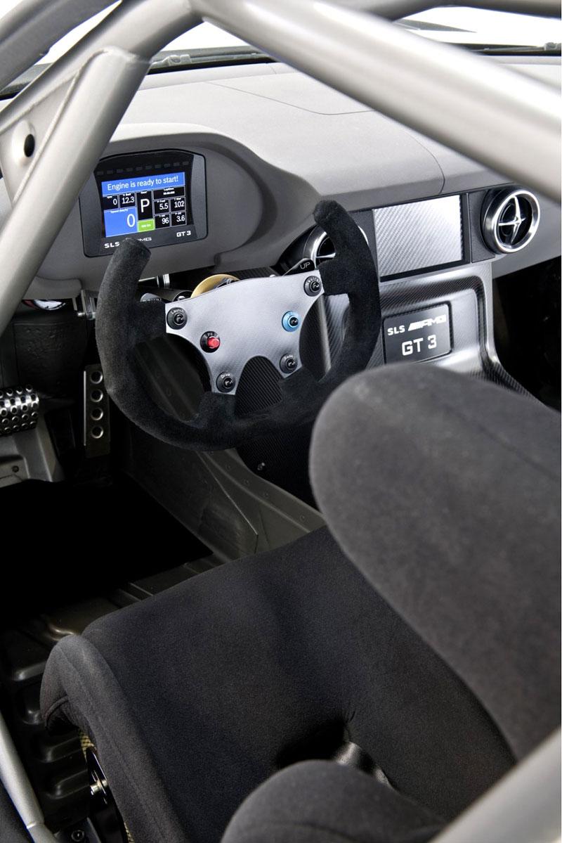 Mercedes-Benz SLS AMG GT3: speciál už zná svou cenu: - fotka 2