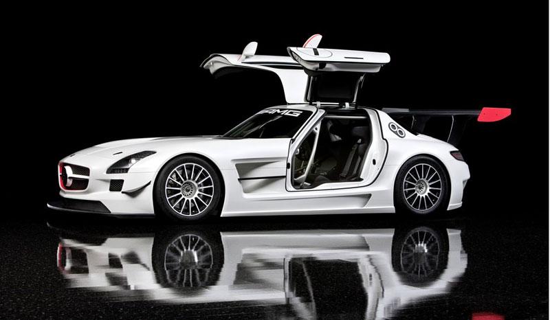 Mercedes-Benz SLS AMG GT3: speciál už zná svou cenu: - fotka 7