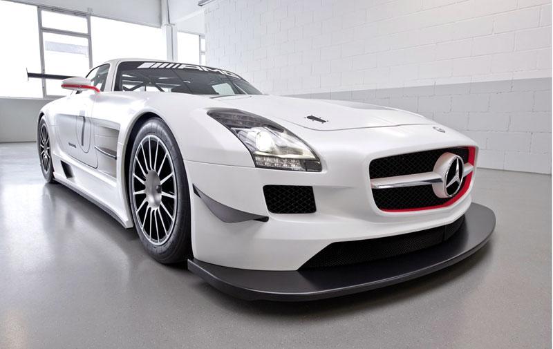 Mercedes-Benz SLS AMG GT3: speciál už zná svou cenu: - fotka 10