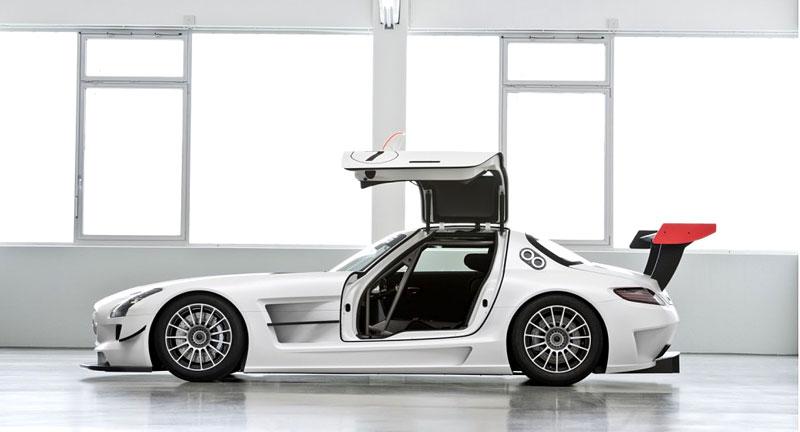 Mercedes-Benz SLS AMG GT3: speciál už zná svou cenu: - fotka 12