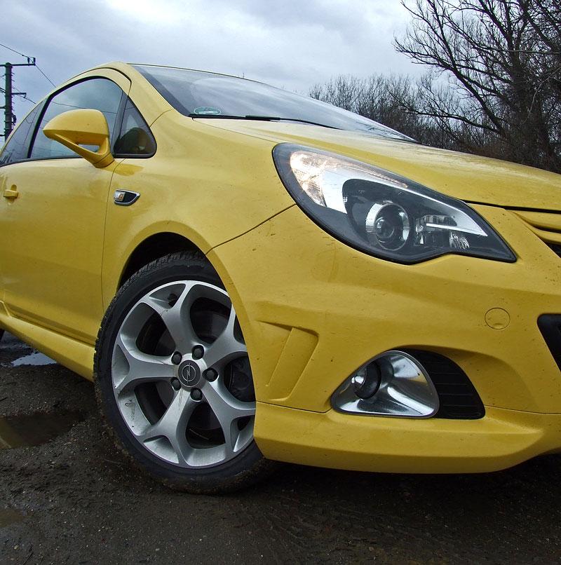 Za volantem: Opel Corsa OPC 2012: - fotka 18