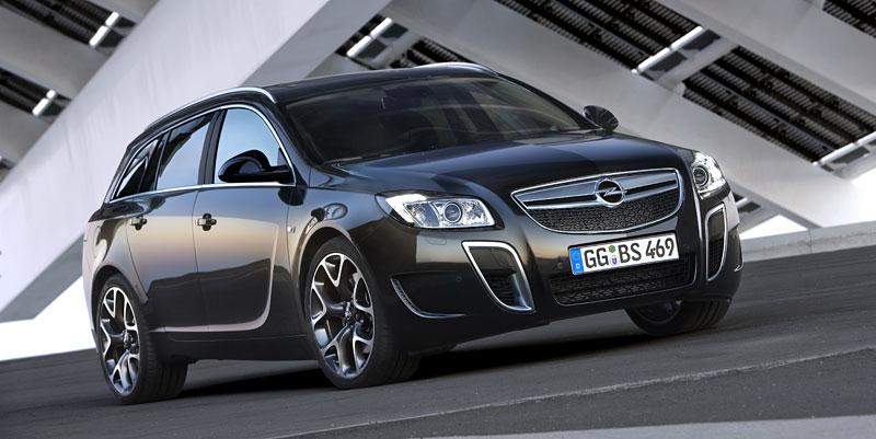 Opel Insignia Sports Tourer OPC: další upalující stěhovák: - fotka 1