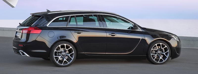 Opel Insignia Sports Tourer OPC: další upalující stěhovák: - fotka 4
