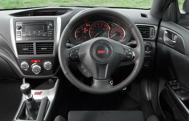 Subaru dnes zahajuje prodej nové WRX STI na českém trhu: - fotka 3