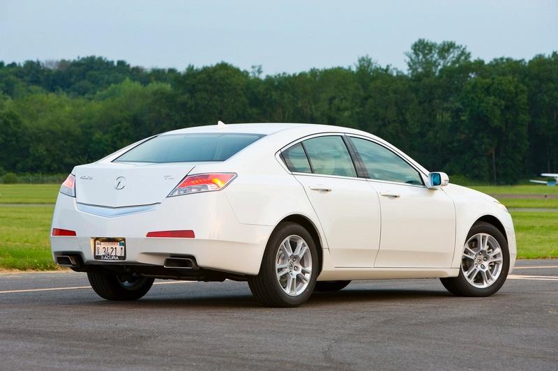 Acura TL - sportovní sedan jako břitva: - fotka 16