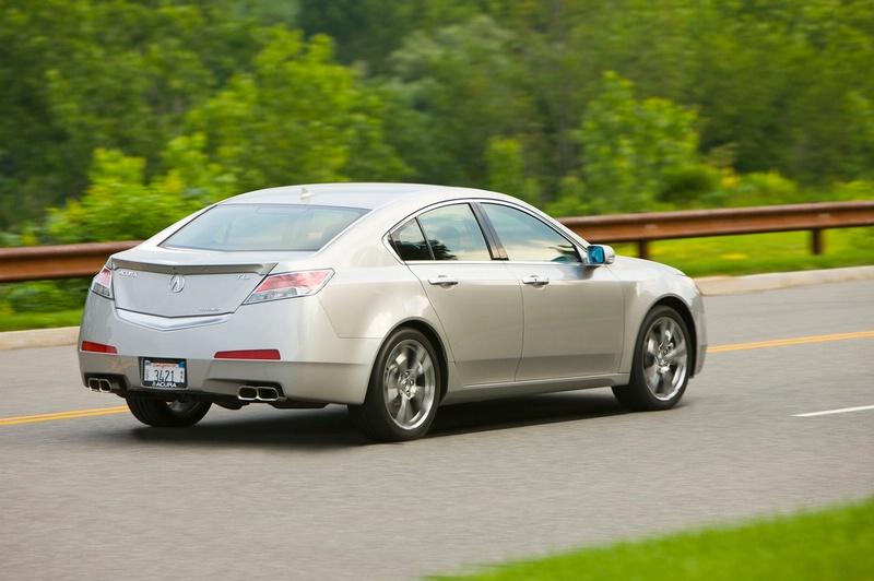 Acura TL - sportovní sedan jako břitva: - fotka 17