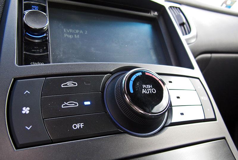 Test: Hyundai Genesis Coupe: Drift King: - fotka 16