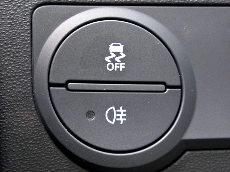 Test: Hyundai Genesis Coupe: Drift King: - fotka 18